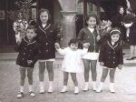 El dia del Ram a Amer. D'esquerra a dreta els meus cosins Ginesta Barcons (en Joan, la M. Àngels, la Bernadette, jo i la Queca)